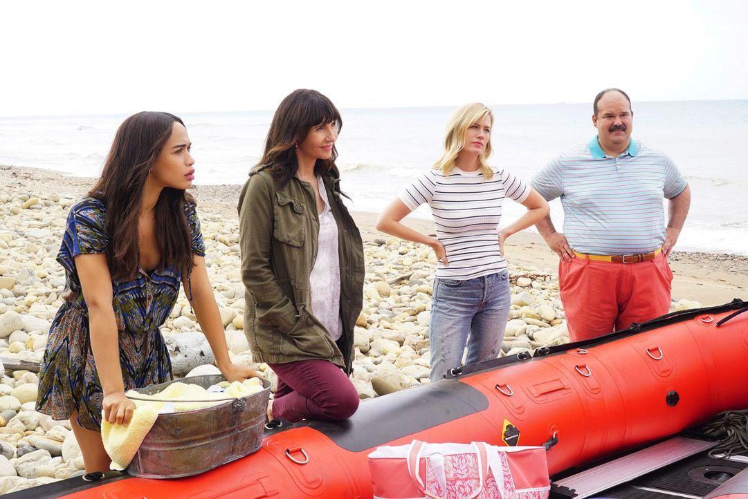 Pamela hat Phil entführt und die anderen in einem Boot zu einer einsamen Ins... - Bildquelle: Kevin Estrada 2017-2018 Fox and its related entities.  All rights reserved./Kevin Estrada