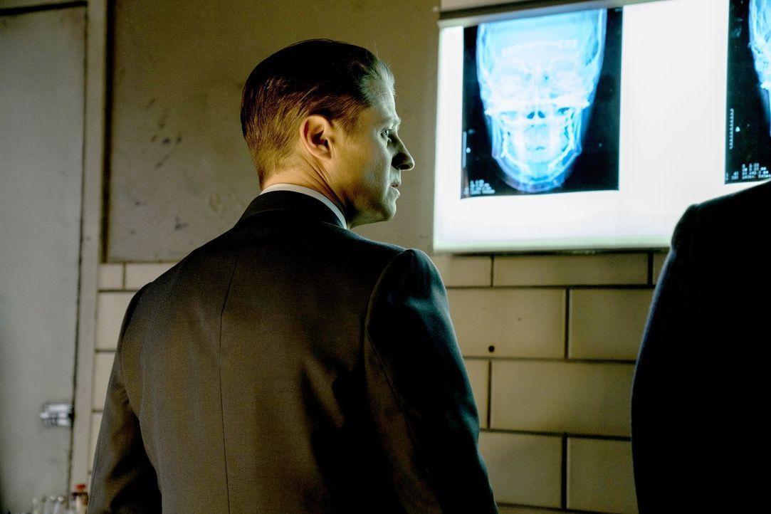 Gordon (Ben McKenzie) wagt einen großen Schritt, der die Machtverhältnisse in Gotham neu verteilen könnte ... - Bildquelle: 2017 Warner Bros.