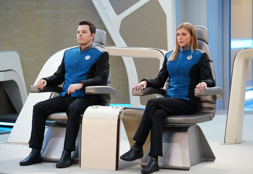 Captain Ed Mercer (Seth MacFarlane, l.); Commander Kelly Grayson (Adrianne Palicki, r.) - Bildquelle: Michael Becker 2019 Twentieth Century Fox Film Corporation. All rights reserved. / Michael Becker