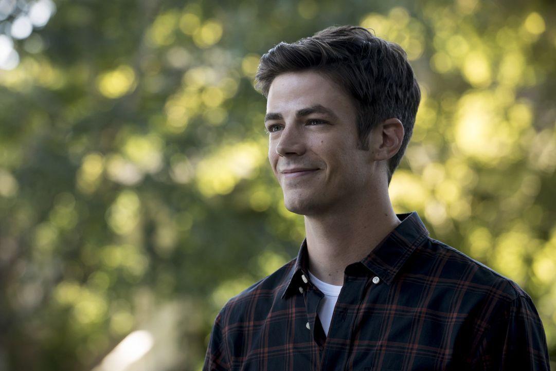 Barry (Grant Gustin) muss sich eingestehen, dass seine erschaffene Zukunft doch nicht so perfekt ist, wie er immer geträumt hat ... - Bildquelle: 2016 Warner Bros.