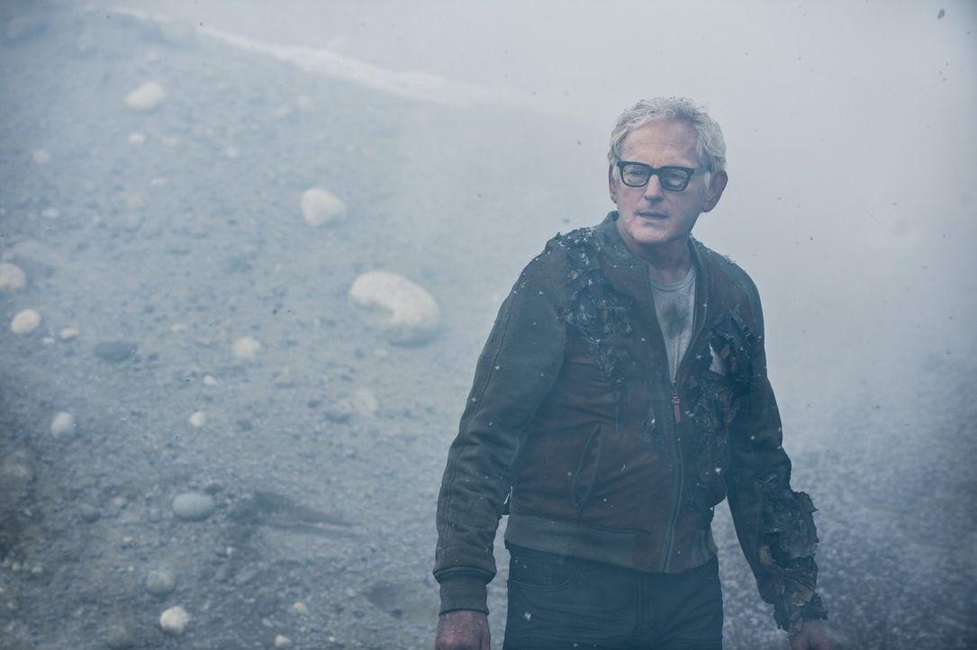 Hat es wirklich funktioniert, dass Dr. Stein (Victor Garber) sich voll und ganz von Ronnie gelöst hat? - Bildquelle: Warner Brothers.