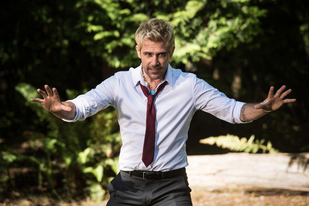 Constantine (Matt Ryan) - Bildquelle: Dean Buscher 2018 The CW Network, LLC. All rights reserved. / Dean Buscher