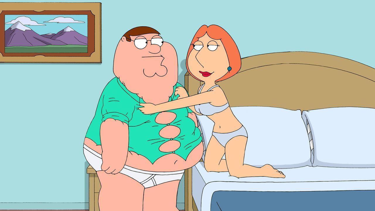 Nachdem Peter (l.) seinen Job verloren hat und jetzt Lois (r.) das Geld verdient, fühlt sich Peter komplett seiner Männlichkeit beraubt, was auch im... - Bildquelle: 2014 Twentieth Century Fox Film Corporation. All rights reserved.