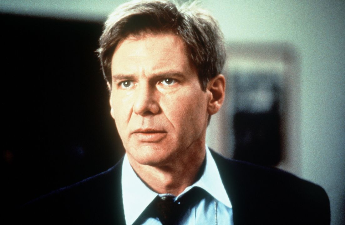 Unwissentlich in eine Intrige verwickelt, gerät der stellvertretende CIA-Direktor Jack Ryan (Harrison Ford) in eine Falle: In gutem Glauben gibt die... - Bildquelle: Paramount Pictures