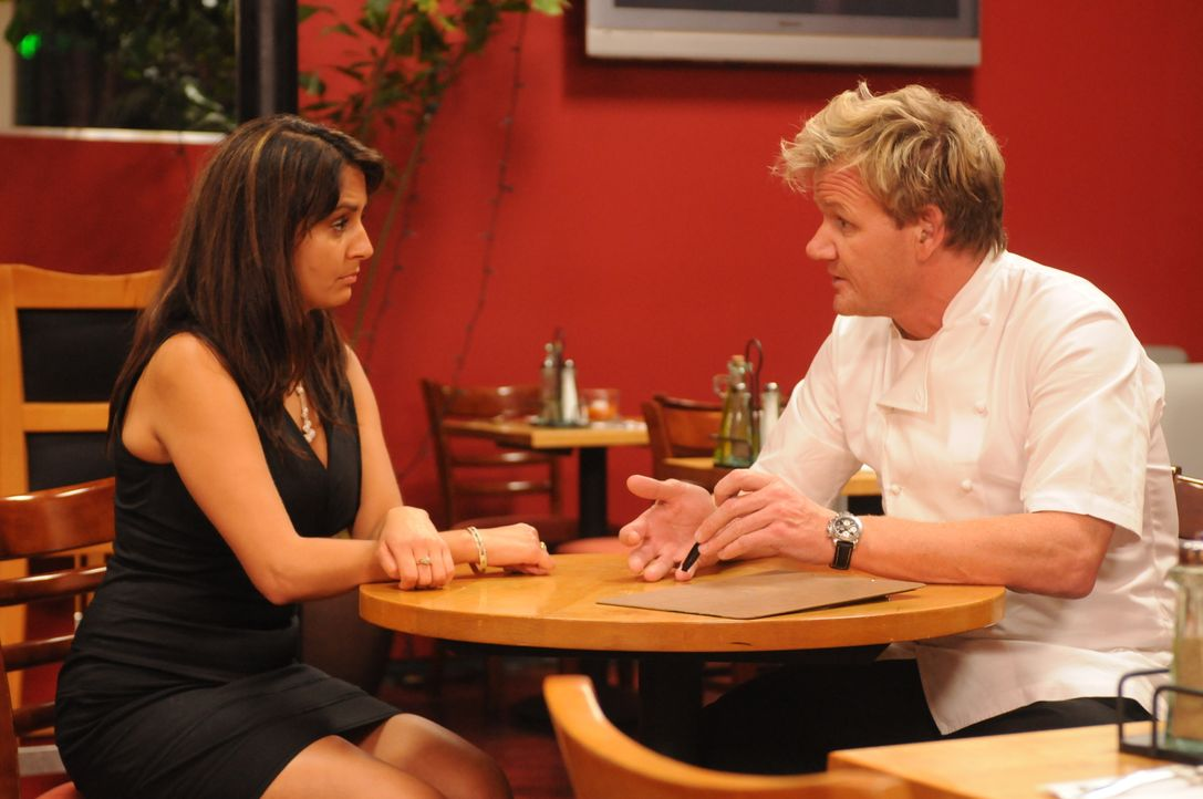 Gordon Ramsay (r.) - Bildquelle: 2009 ITV Studios, Inc. all rights reserved.