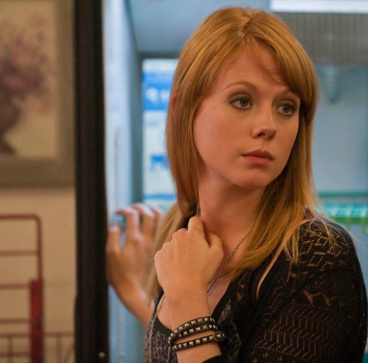 Trinity (Zoe Boyle) erfährt viele Neuigkeiten über ihre Wurzeln und ihre Vergangenheit ... - Bildquelle: 2010 FX Networks, LLC. All rights reserved.