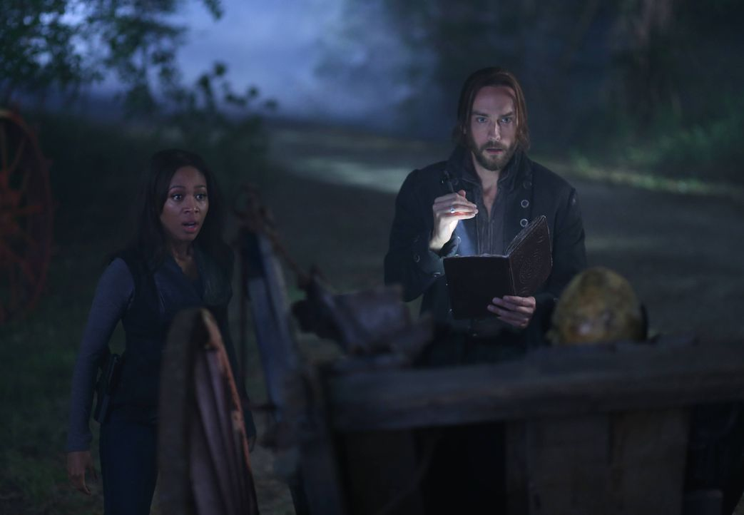Ichabod (Tom Mison, r.) und Abbie (Nicole Beharie, l.) entwerfen einen riskanten Plan, um Katrina aus den Fängen des kopflosen Reiters zu befreien .... - Bildquelle: 2014 Fox and its related entities. All rights reserved.