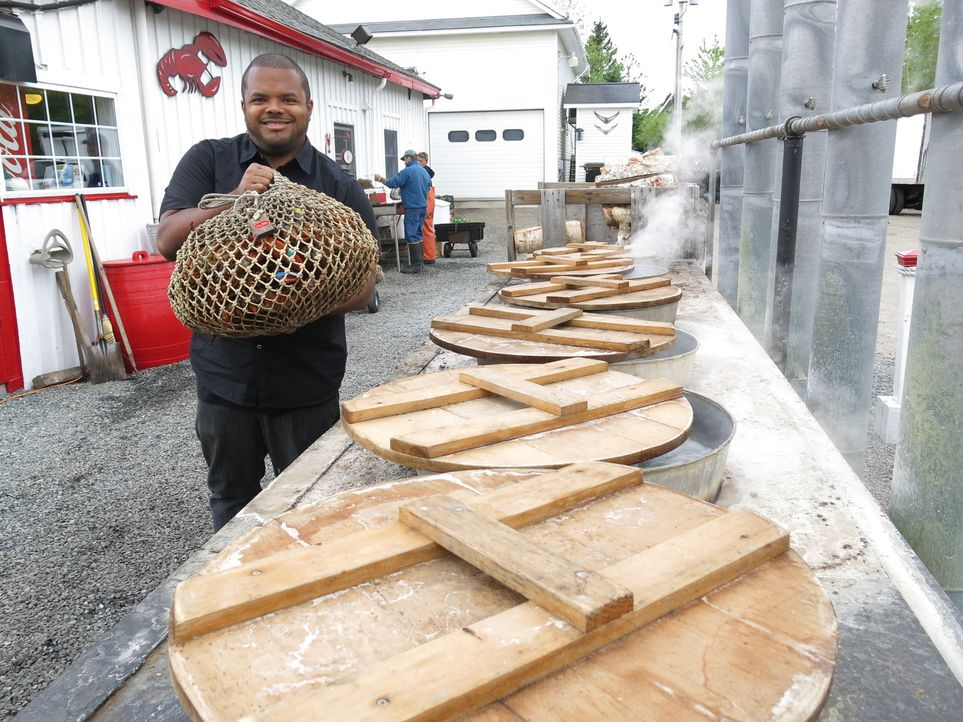Roger Mooking ist dieses Mal in Maine und geht der Liebe der Bewohner zu Hummern auf die Spur ... - Bildquelle: 2013, Cooking Channel, LLC. All Rights Reserved.