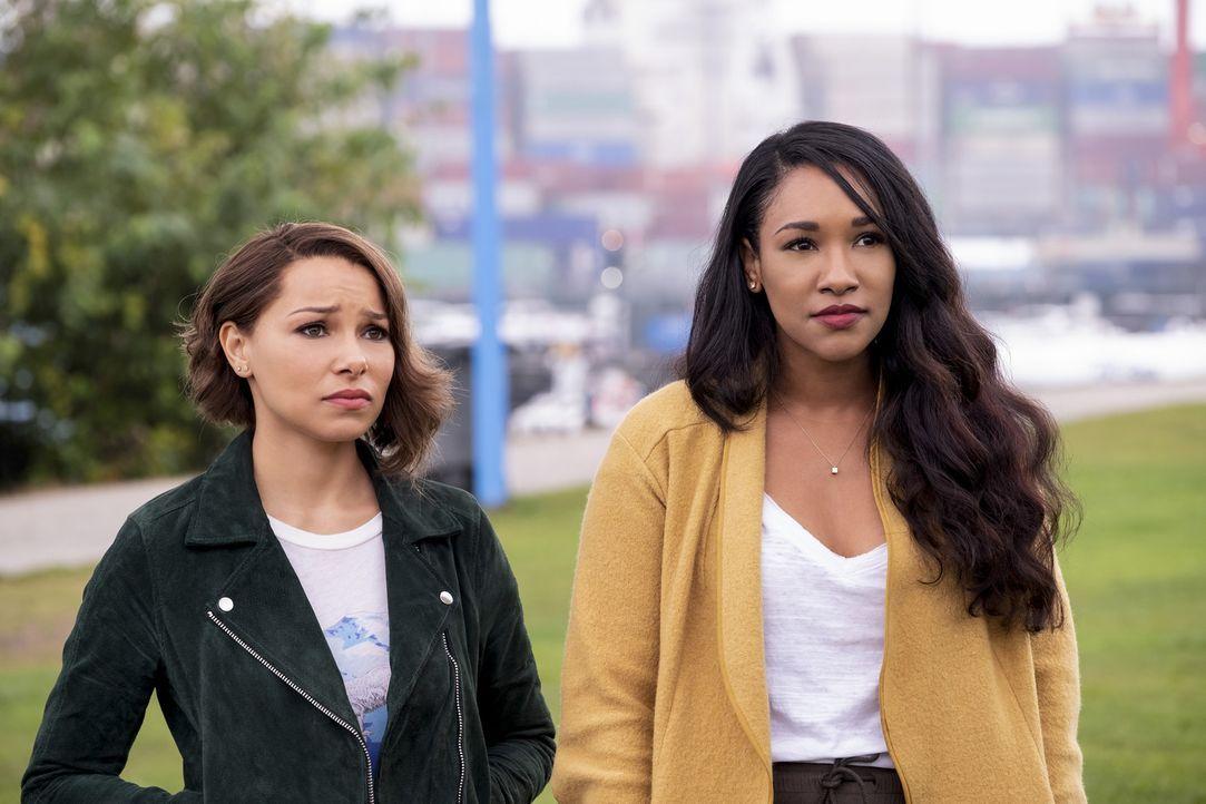 Nora (Jessica Parker Kennedy, l.); Iris (Candice Patton, r.) - Bildquelle: Jeff Weddell 2018 The CW Network, LLC. All rights reserved.