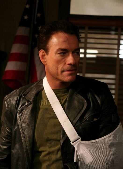 Nachdem er dem Tod von der Schippe gesprungen ist, will Cop Anthony Stowe (Jean-Claude Van Damme) sein verbocktes Leben nun in die richtigen Bahnen...