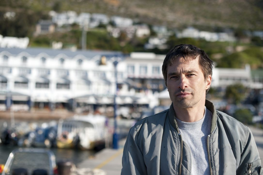 Jeff (Olivier Martinez) vermittelt seiner Ex-Freundin einen ganz besonders gefährlichen Kunden ... - Bildquelle: Magnet Media Group USA; MMP Dark Tide UK; Film Afrika Worldwide (Pty) Limited South Africa