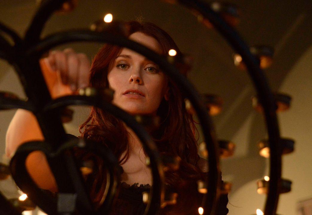 Kann Ichabod Crane seine geliebte Katrina (Katia Winter) aus dem Fegefeuer befreien? - Bildquelle: 2014 Twentieth Century Fox Film Corporation. All rights reserved.