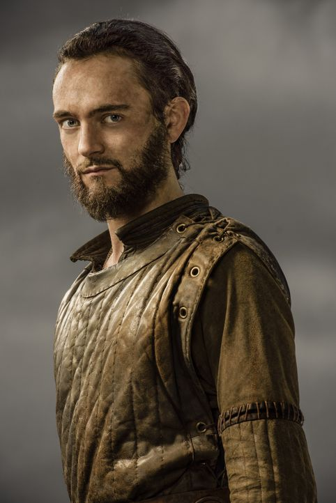 (3. Staffel) - Ragnars engster Vertrauter: Athelstan (George Blagden) ... - Bildquelle: 2015 TM PRODUCTIONS LIMITED / T5 VIKINGS III PRODUCTIONS INC. ALL RIGHTS RESERVED.