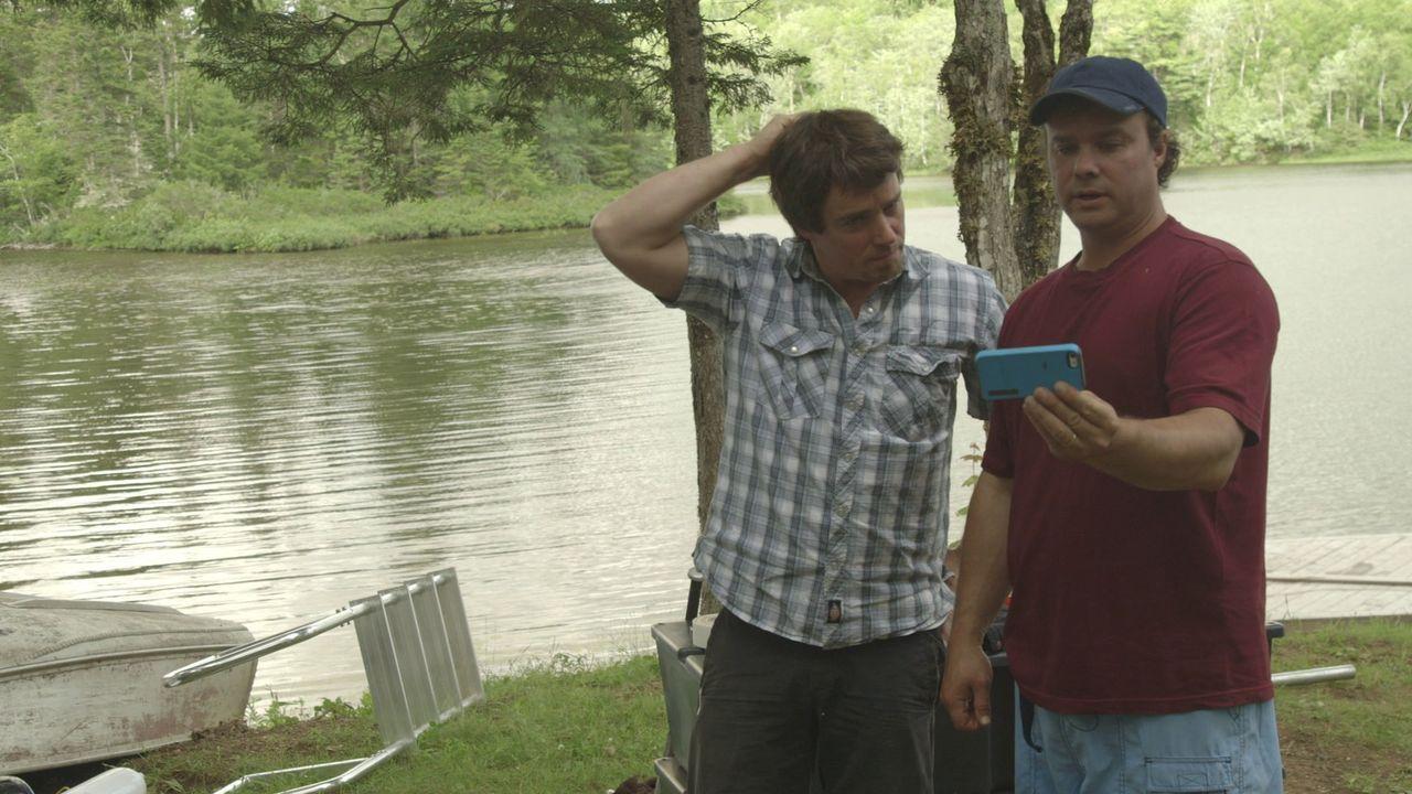 Für ihre Feier auf dem Wasser, holen sich Kevin (r.) und Andrew (l.) kreative Anregungen ... - Bildquelle: Brojects Ontario Ltd./Brojects NS Ltd