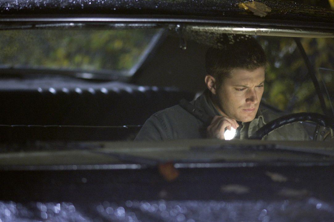 Begibt sich auf eine gefährliche Jagd nach dem Übernatürlichen: Dean Winchester (Jensen Ackles) ... - Bildquelle: Warner Brothers