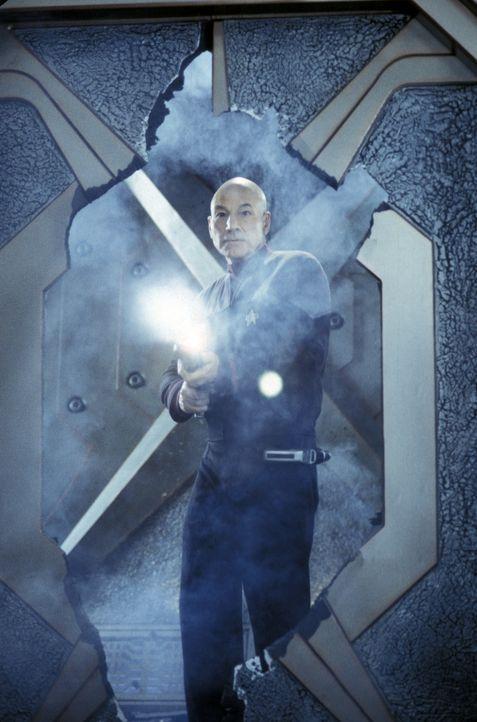 Die Enterprise fängt in unbekanntes Signal von einem unbewohnten System auf. Ein Außenteam, das von Captain Jean-Luc Picard (Patrick Stewart) und Co... - Bildquelle: Paramount Pictures