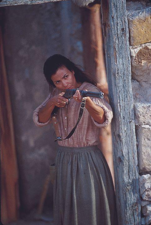 Die Witwe Mrs. McVale (Rachel Ticotin) weiß, wie sie sich gegen unerwünschte Besucher wehren kann ... - Bildquelle: Paramount Pictures