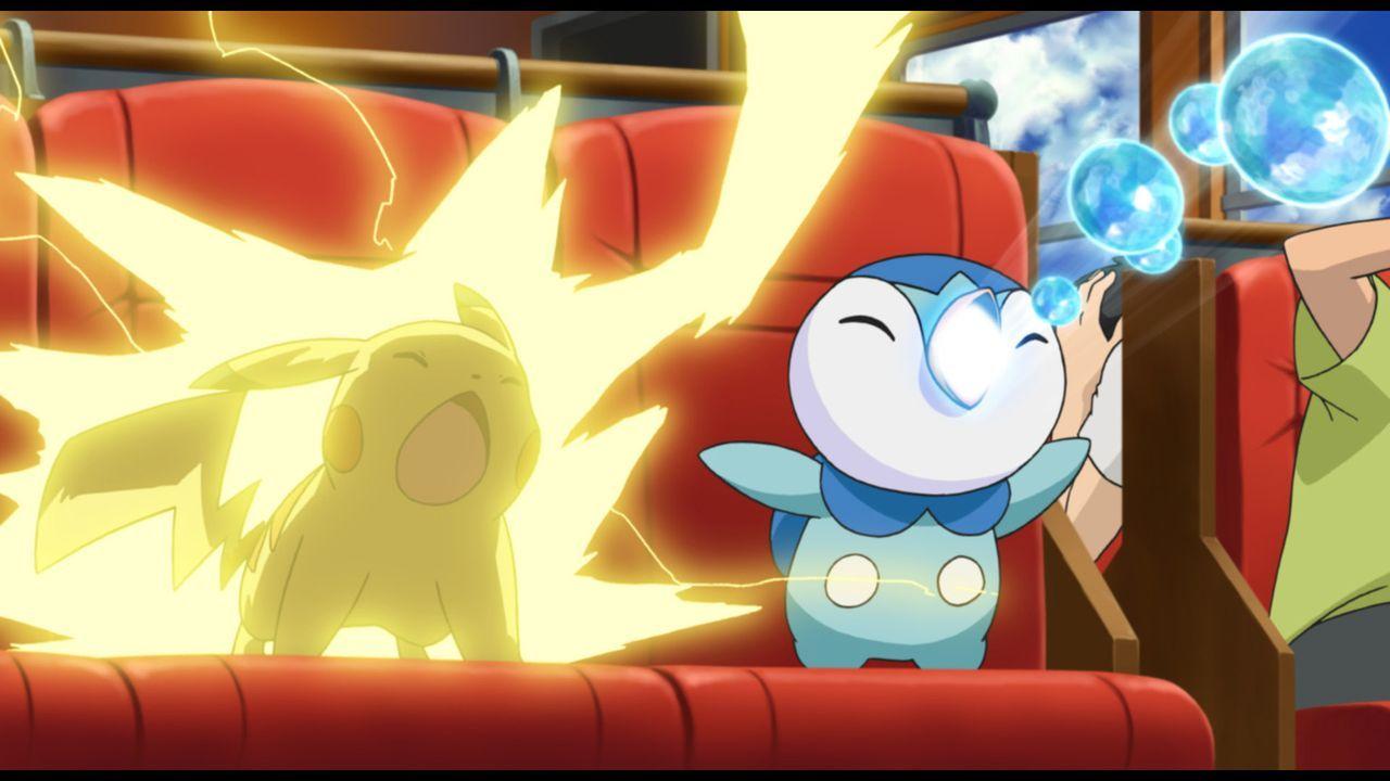 Ash' Pikatchu (l.) und  Lucias Plinfa (r.) wissen, was sie im Kampf tun müssen ... - Bildquelle: 2014 Pokémon.   1997-2014 Nintendo, Creatures, GAME FREAK, TV Tokyo, ShoPro, JR Kikaku. TM, ® Nintendo.