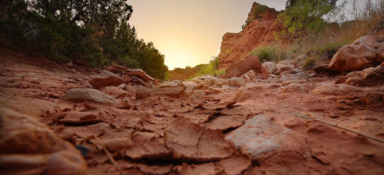 Machen sich auf die Suche nach Wüstenstürmen: die Tornado Hunter ...
