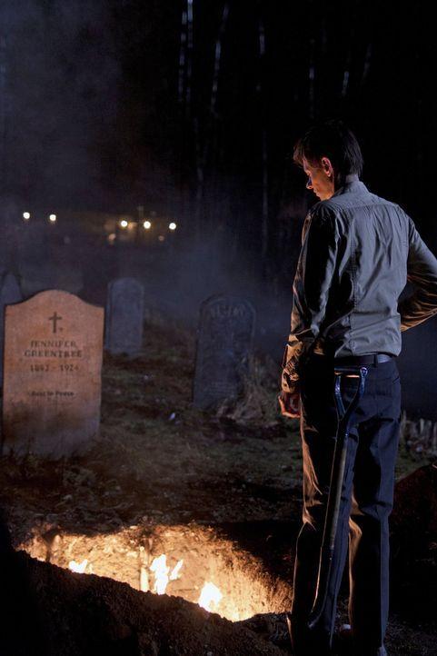 Dean ist überrascht, als Garth (DJ Qualls) anruft und die Brüder um ihre Hilfe bei einem Fall bittet ... - Bildquelle: Warner Bros. Television