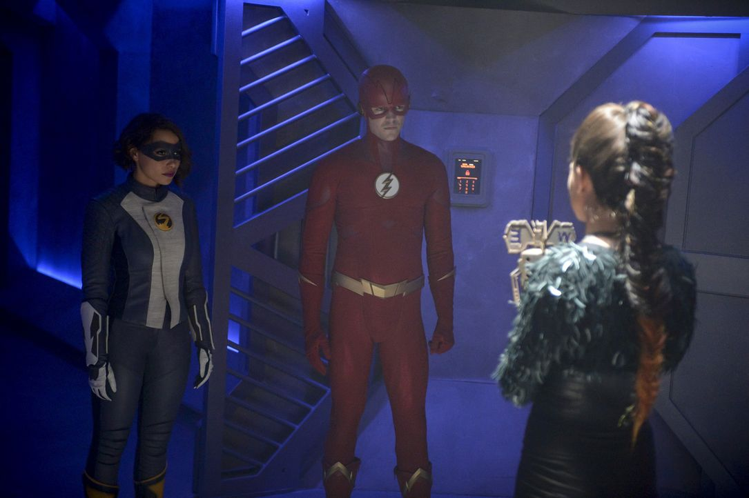 (v.l.n.r.) Nora alias XS (Jessica Parker Kennedy); Barry alias The Flash (Grant Gustin); Joss Mardon alias Weather Witch (Reina Hardesty) - Bildquelle: Sergei Bachlakov 2018 The CW Network, LLC. All rights reserved.