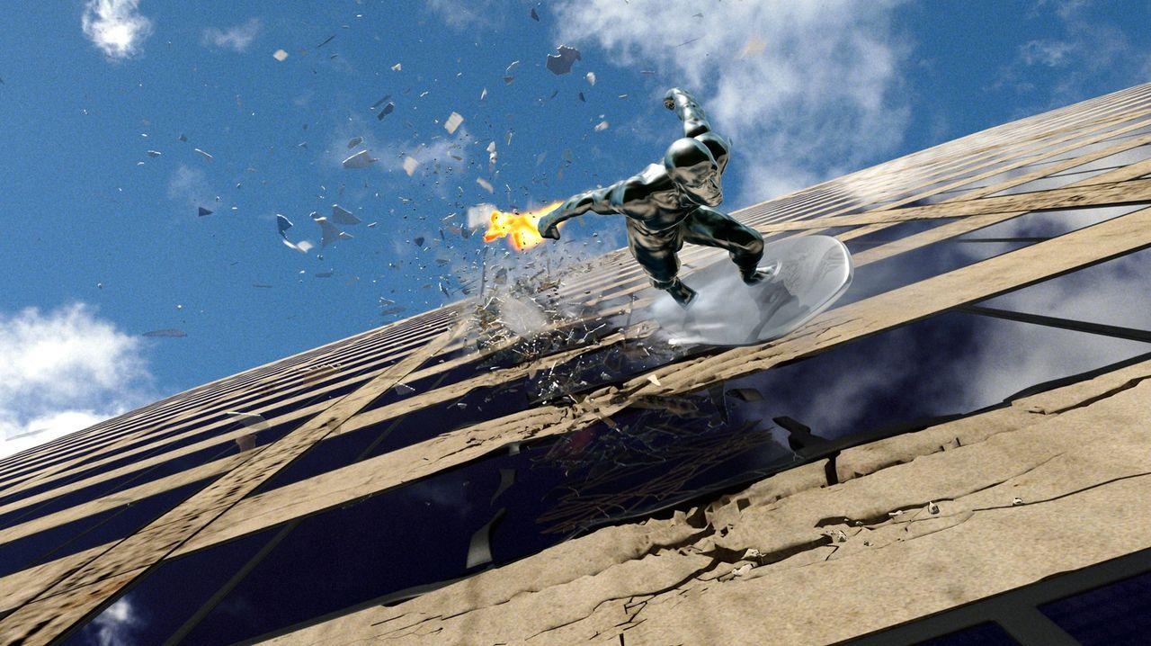 """Der """"Silver Surfer"""" (Doug Jones) bewohnt einen fremden Planeten und wird von dessen Herrscher zur Erde geschickt, um eine gefährliche Mission zu er... - Bildquelle: Twentieth Century Fox"""