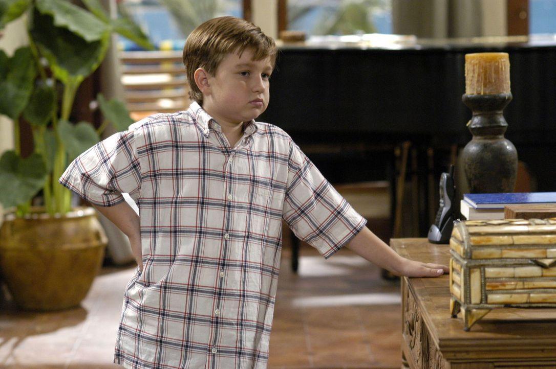 Jake (Angust T. Jones) leidet unter der Trennung seiner Mutter, doch sein Vater und sein Onkel versuchen alles, um ihn zu trösten ... - Bildquelle: Warner Brothers Entertainment Inc.