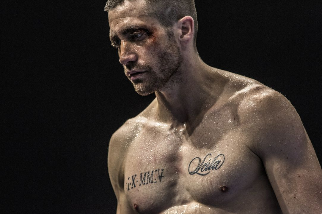Ein schrecklicher Schicksalsschlag bringt den Halbschwergewichts-Champion Billy Hope (Jake Gyllenhaal) ins Wanken und treibt ihn in einen tragischen... - Bildquelle: Scott Garfield Tobis Film/   2014 The Weinstein Company. All Rights reserved.