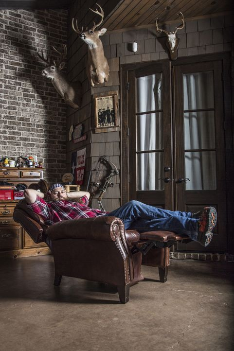 Während Jase (Bild) das Wochenende auf sich alleine gestellt ist, braucht Phil Hilfe bei einem ganz besonderen Projekt ... - Bildquelle: 2013 A+E Networks