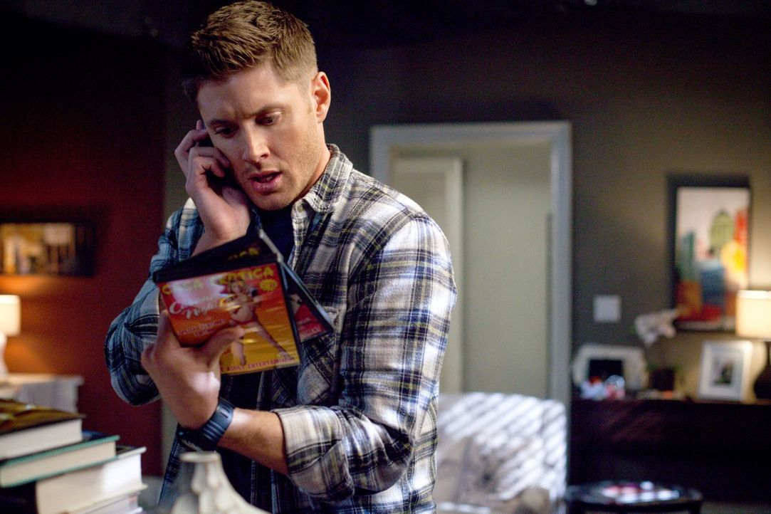 Bereits kurz, nachdem er ein Keuschheitsformular unterschrieben hat, bricht Dean (Jensen Ackles) den Vertrag auch schon und bringt sich damit in gro... - Bildquelle: 2013 Warner Brothers