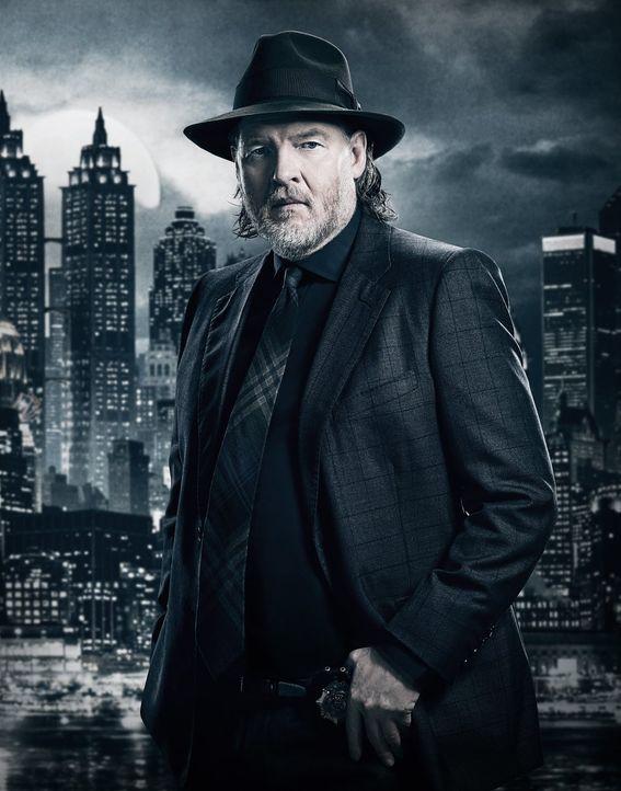 (4. Staffel) - Ein neuer Krieg um die Vormacht in Gotham City steht bevor. Auf wessen Seite wird Harvey (Donal Logue) kämpfen? - Bildquelle: 2017 Warner Bros.