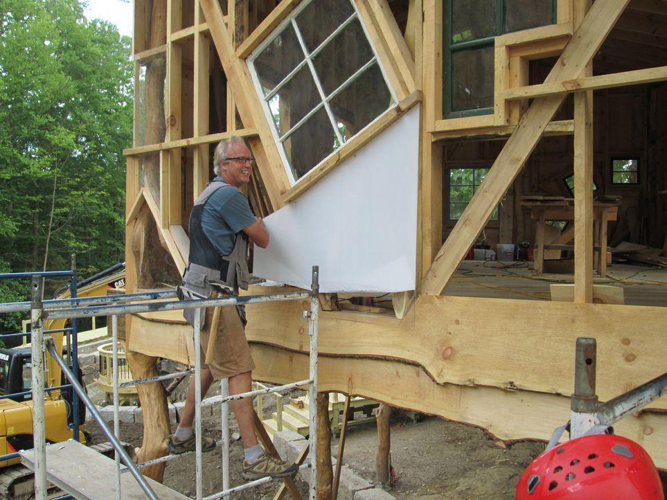 Um Kindern ihre Träume zu erfüllen und ein Baumhaus zu bauen, in dem sie jede Menge Spaß haben können, legt sich Treehouse Guy B'fer voll ins Zeug .... - Bildquelle: 2016,DIY Network/Scripps Networks, LLC. All Rights Reserved