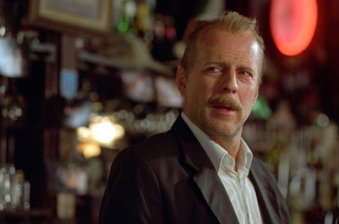 Jack Mosley (Bruce Willis) ist ein Versager - er hat keine Kondition, dafür aber ein schlimmes Bein und erhebliche Alkoholprobleme. Im Revier versuc... - Bildquelle: Nu Image