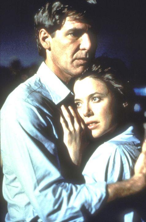 Der einstige Staranwalt Henry (Harrison Ford, l.) findet sich nach seinem Gedächtnisverlust nicht mehr in der Geschäftswelt zurecht. Seine Frau Sara... - Bildquelle: United International Pictures