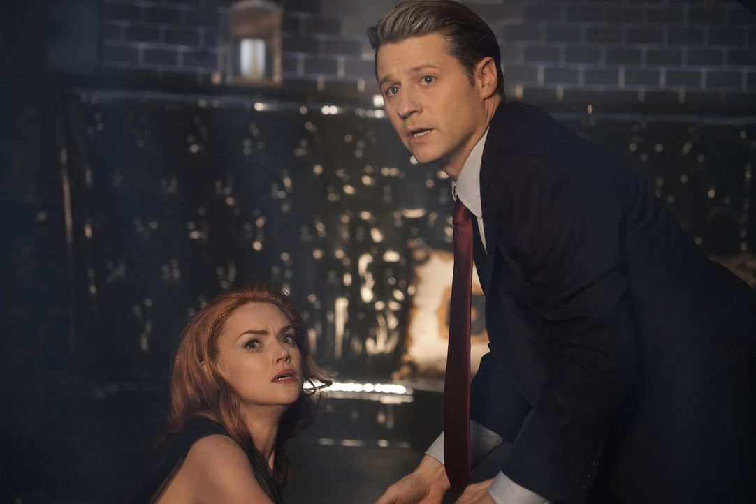 Barbara Kean (Erin Richards, l.); James Gordon (Ben McKenzie, r.) - Bildquelle: 2019 Fox Media LLC
