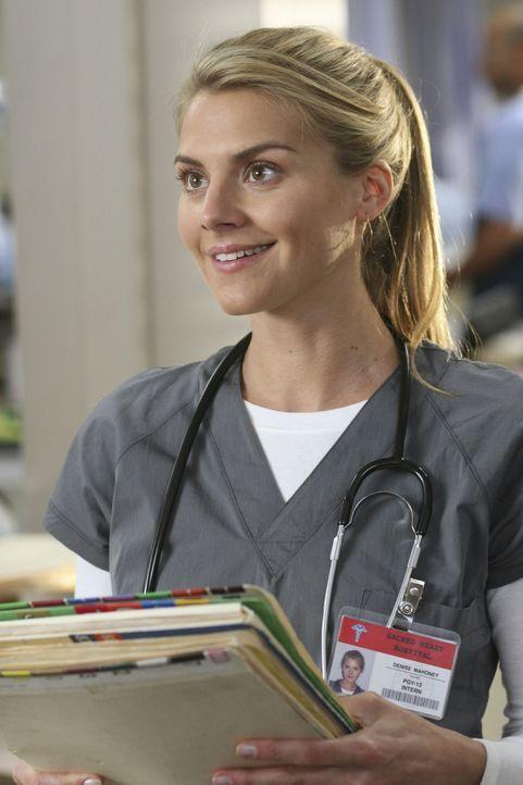 Wird von J.D. auf Herz und Nieren geprüft:  Dr. Denise Mahoney (Eliza Coupe) ... - Bildquelle: Touchstone Television
