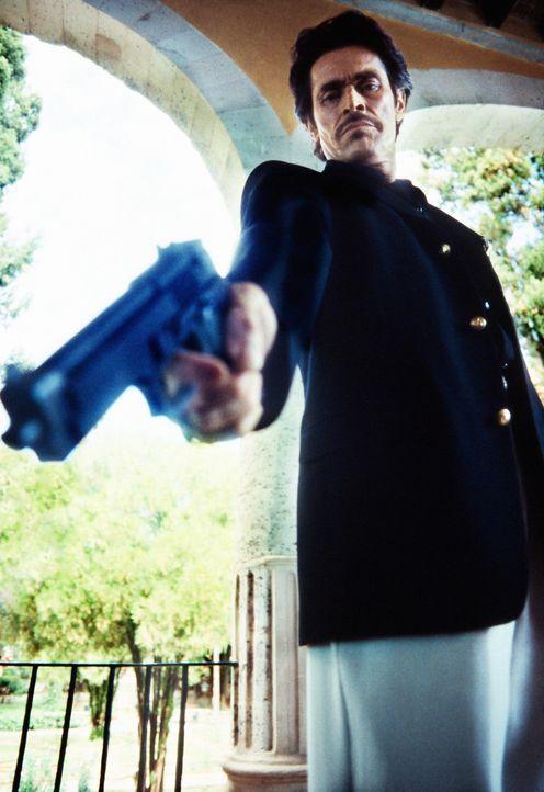 Mexiko steht am Rande des Chaos: Der kompromisslose Drogenmagnat Barillo (Willem Dafoe) will die mexikanische Regierung stürzen ... - Bildquelle: Columbia Pictures Corporation