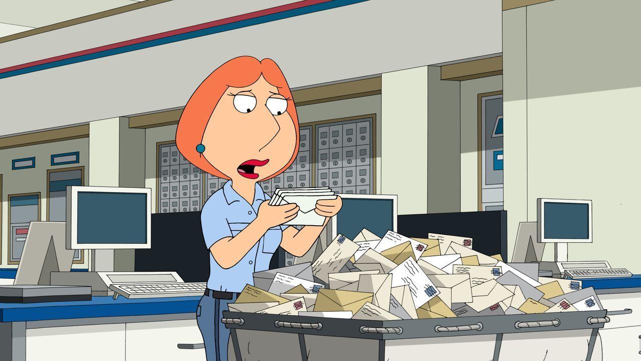 Lois muss wegen Stewies Kita-Wechsel zu einer kostspieligeren Einrichtung einen Nebenjob im Postamt annehmen ... - Bildquelle: 2015-2016 Fox and its related entities. All rights reserved.