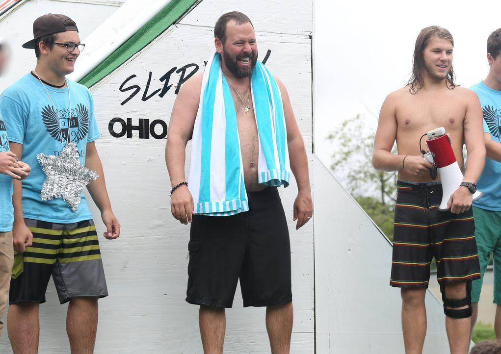 Dieses Mal macht Bert Kreischer (M.) Ohio unsicher, wo er seine Suche nach den verrücktesten und wahnsinnigsten Attraktionen weiterführt ... - Bildquelle: 2016, The Travel Channel, L.L.C. All Rights Reserved.