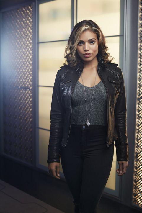 (1. Staffel) - Eigentlich hat Kandra Saunders (Ciara Renée) immer noch mit der Erkenntnis zu kämpfen, dass sie die Reinkarnation von Hawkgirl sein s... - Bildquelle: 2015 Warner Bros.