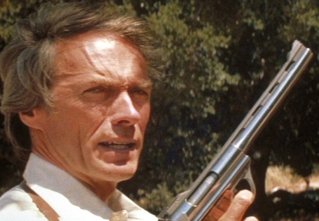 Dirty Harry (Clint Eastwood) kommt zurück! - Bildquelle: Warner Bros.