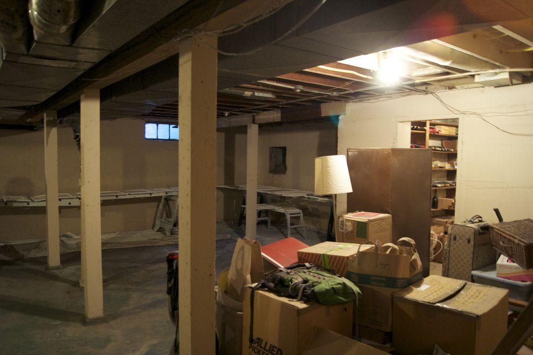 Ein Paar aus Portland möchte seinen Keller endlich ausbauen und den Platz sinnvoll nutzen. Denn aktuell werden dort nur Dinge ausbewahrt. Dabei soll... - Bildquelle: 2009, DIY Network/Scripps Networks, LLC