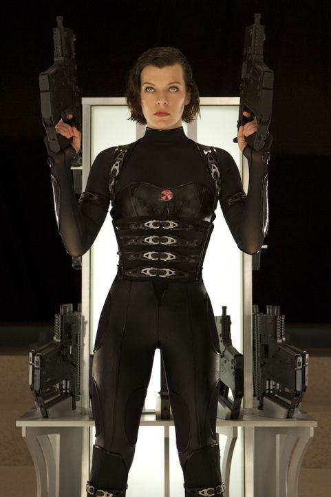 Mein Name ist Alice (Milla Jovovich) - und Vergeltung naht ... - Bildquelle: 2011 Davis Films/Impact Pictures (RE5) Inc. and Constantin Film International GmbH.