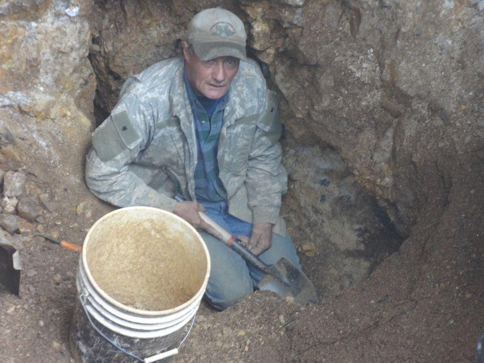 Rich kehrt zu einer alten Mine zurück und hofft, hier erneut einen wertvollen Topas zu finden ... - Bildquelle: High Noon Entertainment, 2015