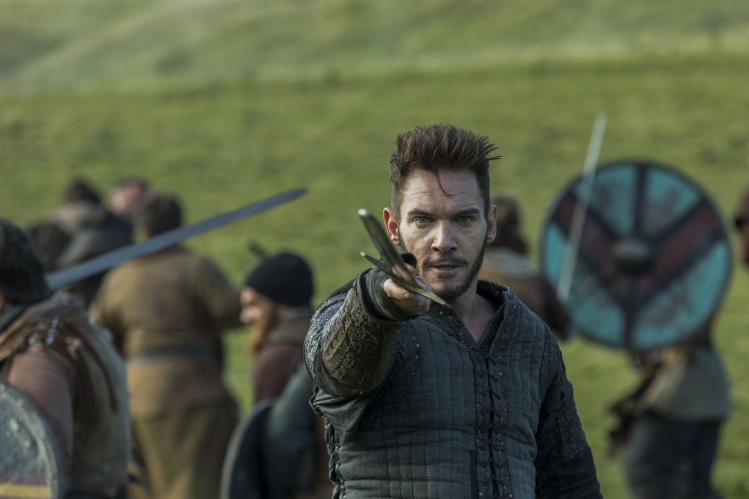Ändert seine Beziehung zu Lagertha wirklich die Einstellung von Bischof Heahmund (Jonathan Rhys Meyers) in Bezug auf die Nordmänner? - Bildquelle: 2017 TM PRODUCTIONS LIMITED / T5 VIKINGS III PRODUCTIONS INC. ALL RIGHTS RESERVED.