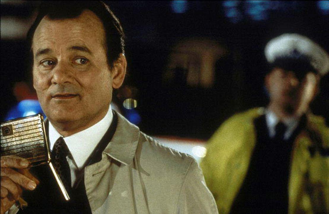 Der naive Wally Ritchie (Bill Murray) glaubt, das Mitglied eines experimentellen Theaterensembles zu sein, das im nächtlichen London ein Live-Stück... - Bildquelle: Warner Bros.