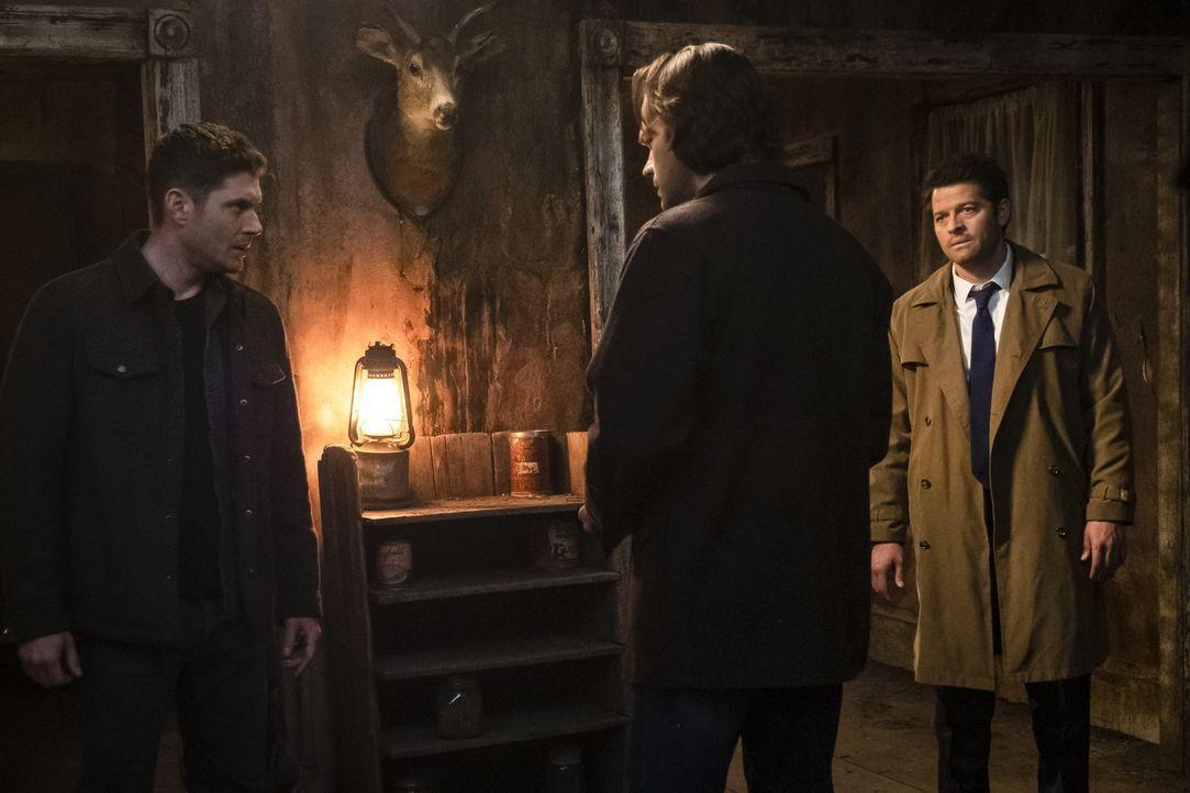 (v.l.n.r.) Dean Winchester (Jensen Ackles); Sam Winchester (Jared Padalecki); Castiel (Misha Collins) - Bildquelle: Katie Yu 2018 The CW Network, LLC All Rights Reserved / Katie Yu
