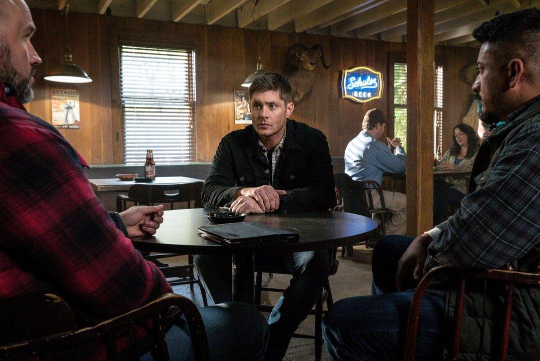 Gerät auf der Jagd nach einer Gruppe unbekannter Monster in Gefahr: Dean (Jensen Ackles) ... - Bildquelle: 2014 Warner Brothers