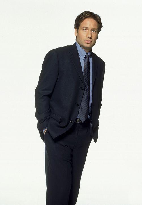(8. Staffel) - FBI-Agent Fox Mulder (David Duchovny). - Bildquelle: TM +   2000 Twentieth Century Fox Film Corporation. All Rights Reserved.