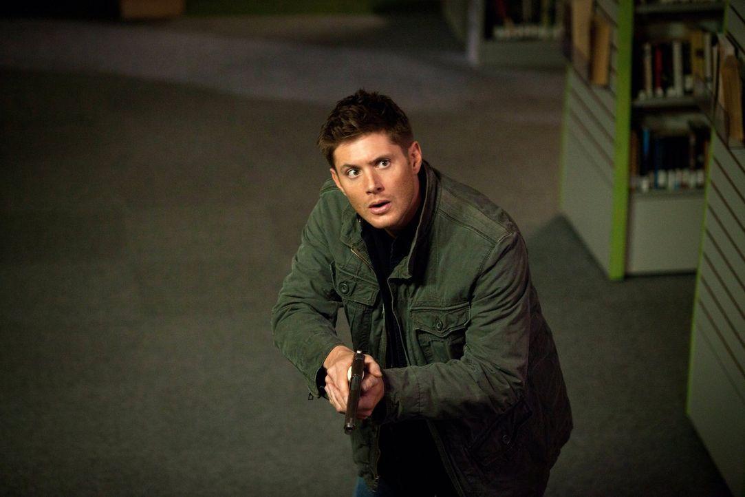 """Die Welt der """"Männer der Schriften"""" ist nichts für Dean (Jensen Ackles), dafür passt sie umso besser zu Sam ... - Bildquelle: Warner Bros. Television"""